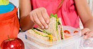 4 وجبات في مكونات التغذية المدرسية بالموسم الجديد بتكلفة 7.7 مليار جنيه